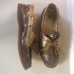 Sperry Top Sider Crocodile Print Metallic Loafers